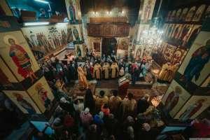 Митрополит Иосиф совершил всенощное бдение во Владимирском храме города Ульяновска