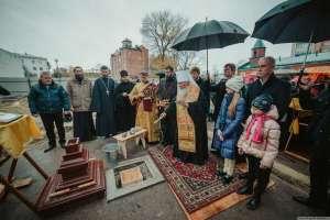 13 октября митрополит Симбирский и Новоспасский Иосиф совершил закладку Спасского храма