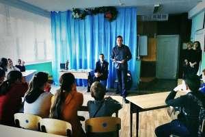 Как правильно писать стихи и зачем? Православный литературный клуб «Правлит» провел встречу со школьниками