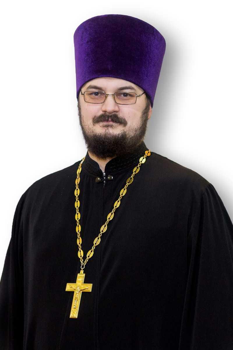 Иерей Антоний Закурдаев