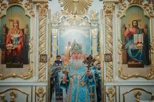 Архипастырь совершил воскресные богослужения в Спасо-Вознесенском кафедральном соборе