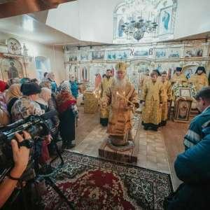 19 декабря, в день памяти святителя Николая, архиепископа Мирликийского, чудотворца митрополит Иосиф совершил праздничные богослужения