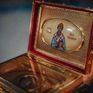 25 декабря, в день памяти святителя Спиридона, епископа Тримифунтского митрополит Иосиф совершил праздничные богослужения в Спасо-Вознесенском кафедральном соборе г. Ульяновска