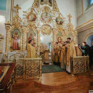 31 декабря митрополит Симбирский и Новоспасский Иосиф совершил богослужение в Спасо-Вознесенском кафедральном соборе г. Ульяновска