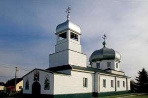 Храм в честь Живоначальной Троицы п. Цильна