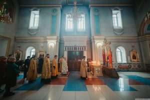 27 февраля митрополит Симбирский и Новоспасский иосиф совершил Божественную Литургию в Спасо-Вознесенском кафедральном соборе