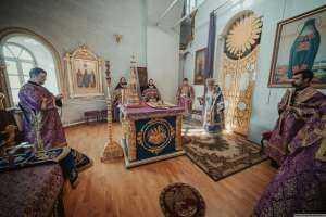 Празднование Феодоровской иконе Божией Матери в память преодоления смутного времени и избрания Михаила Феодоровича, первого царя династии Романовых