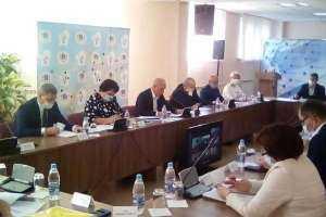 Сотрудники епархии приняли участие в областном семейном совете при губернаторе