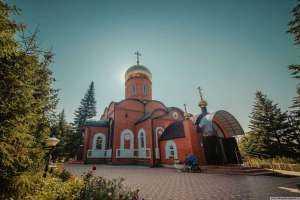 В день памяти святого равноапостольного Великого князя Владимира митрополит Иосиф совершил праздничные богослужения
