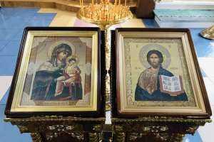 Празднование положения Живоносной Ризы Господа Бога и Спаса нашего Иисуса Христа в первопрестольном граде Москве