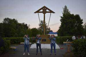 В Вешкаймском благочинии почтили память павших воинов духовно-патриотической акцией «Зажги свою свечу»