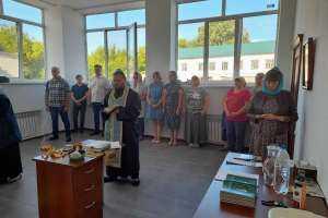 в селе Репьевка отметили День памяти святых Царственных страстотерпцев молебном в новой часовне