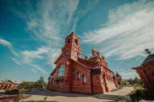 В день памяти святой Марии Магдалины в Михаило-Архангельском женском монастыре было совершено торжественное богослужение