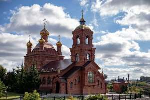 Митрополит Лонгин посетил женский монастырь во имя Архангела Божия Михаила в селе Комаровка