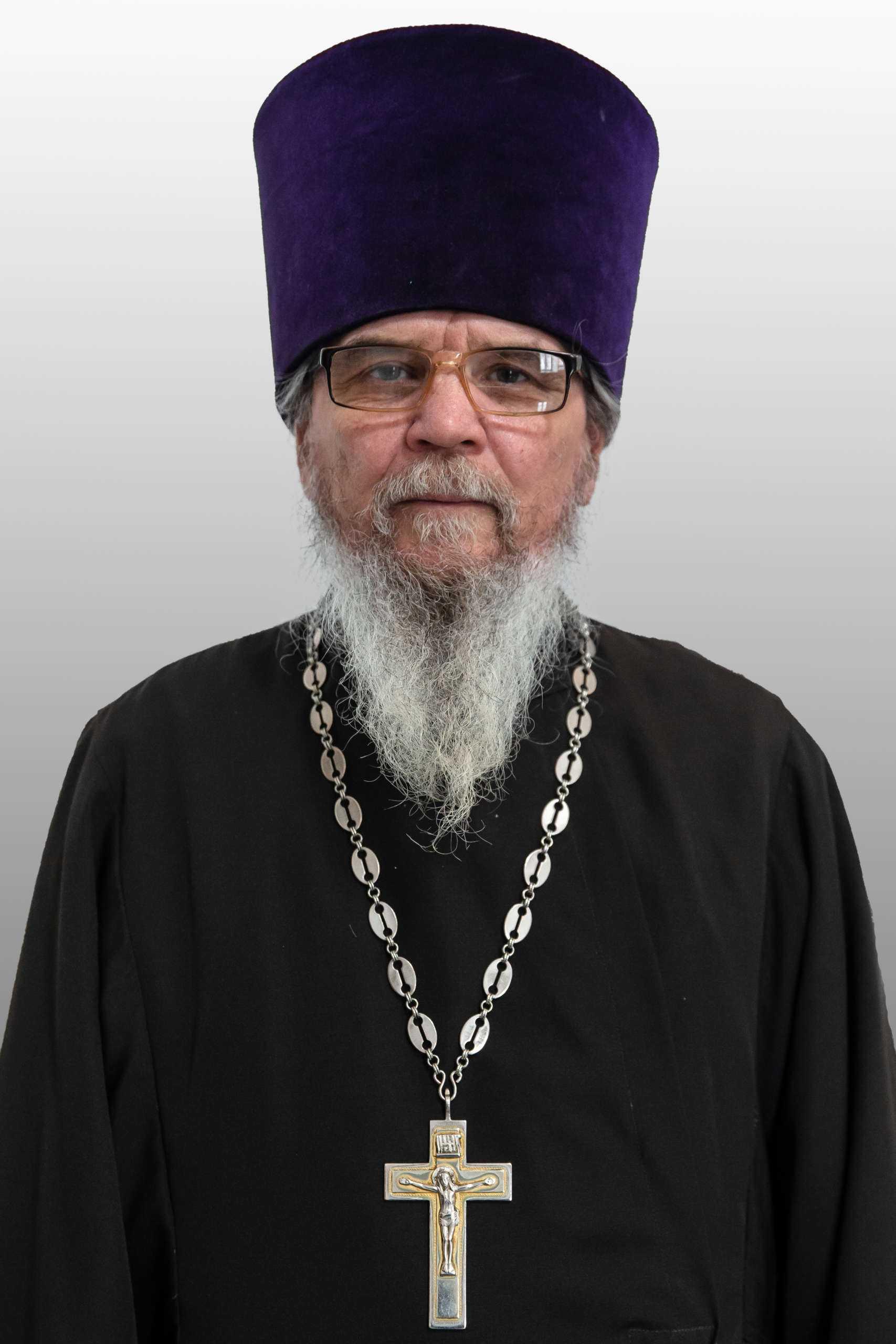 Протоиерей Геннадий Петров