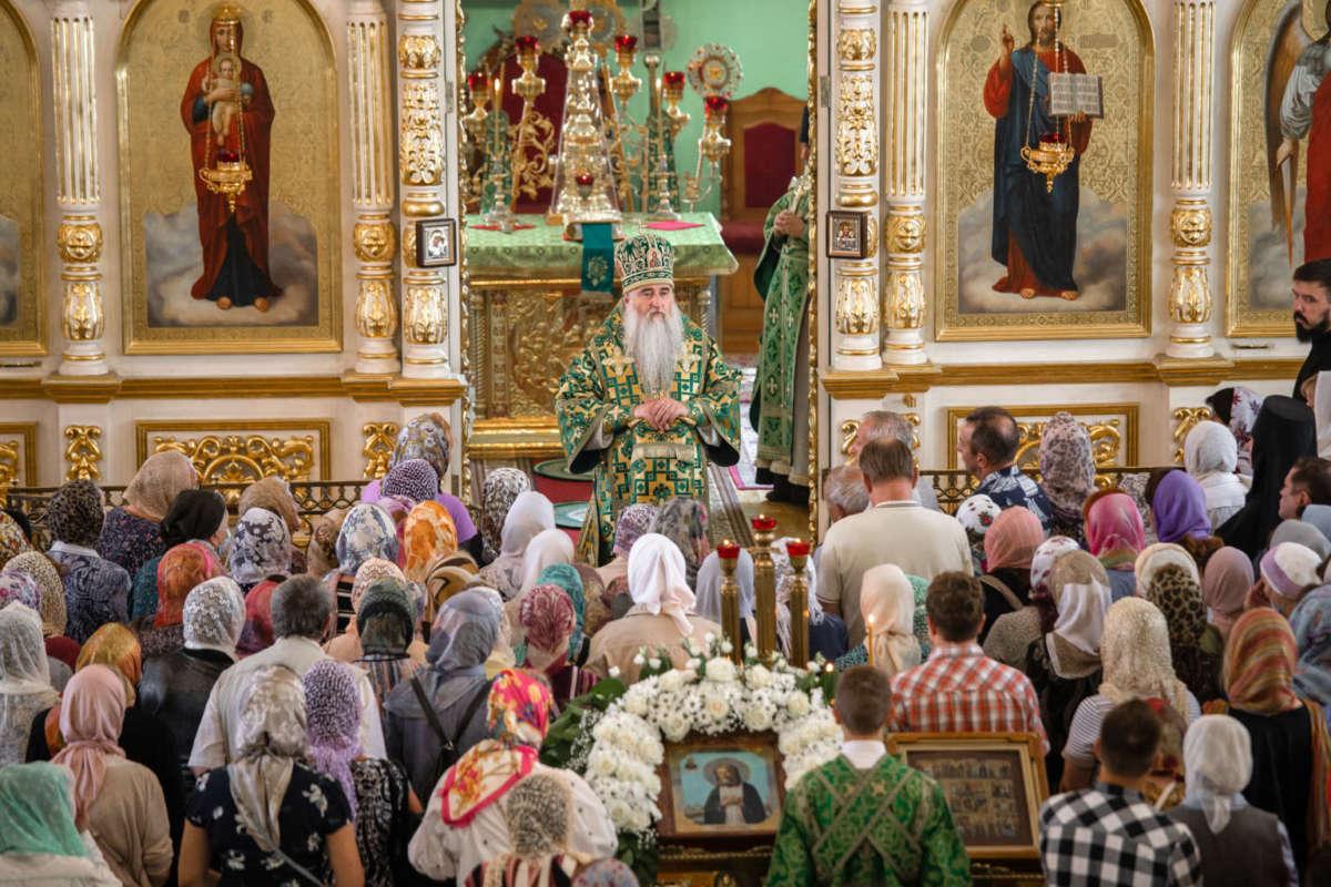 Божественная литургия в Воскресенско-Германовском храме Ульяновска